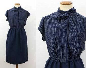 Ascot Dress Vintage Pussy Bow 70s Two Tone Day Secretary Button Shirtdress Cap Sleeve 1970s Below Knee Boho High Waisted Navy Skirt Medium M
