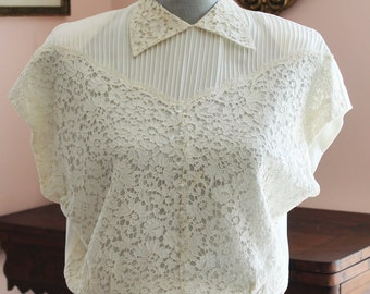 Vintage 1940s Malbe Ivory Lace and Pleated Blouse with Glass Buttons Size 34
