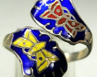 Fall into Vintage SALE SALE Beautiful Butterfly Enamel Sterling Silver Vintage Bypass Ring