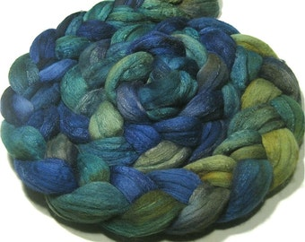 Merino wool & tussah silk hand dyed roving - hand painted spinning felting fiber - 4.8 oz Waterlily - ocean combed top - spinning wool top
