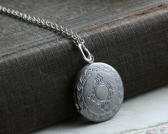 Silver locket necklace, round locket silver, small silver locket, vintage style locket, Bridesmaid Gift, Wedding, Memory Lockets- Serene