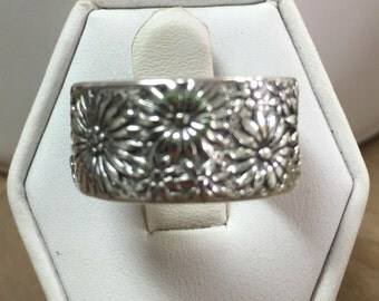 Wide Sterling Band of Flowers Ring Size 7