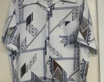1970's Men's Shirt/Wild print/Geometric black and brown on white