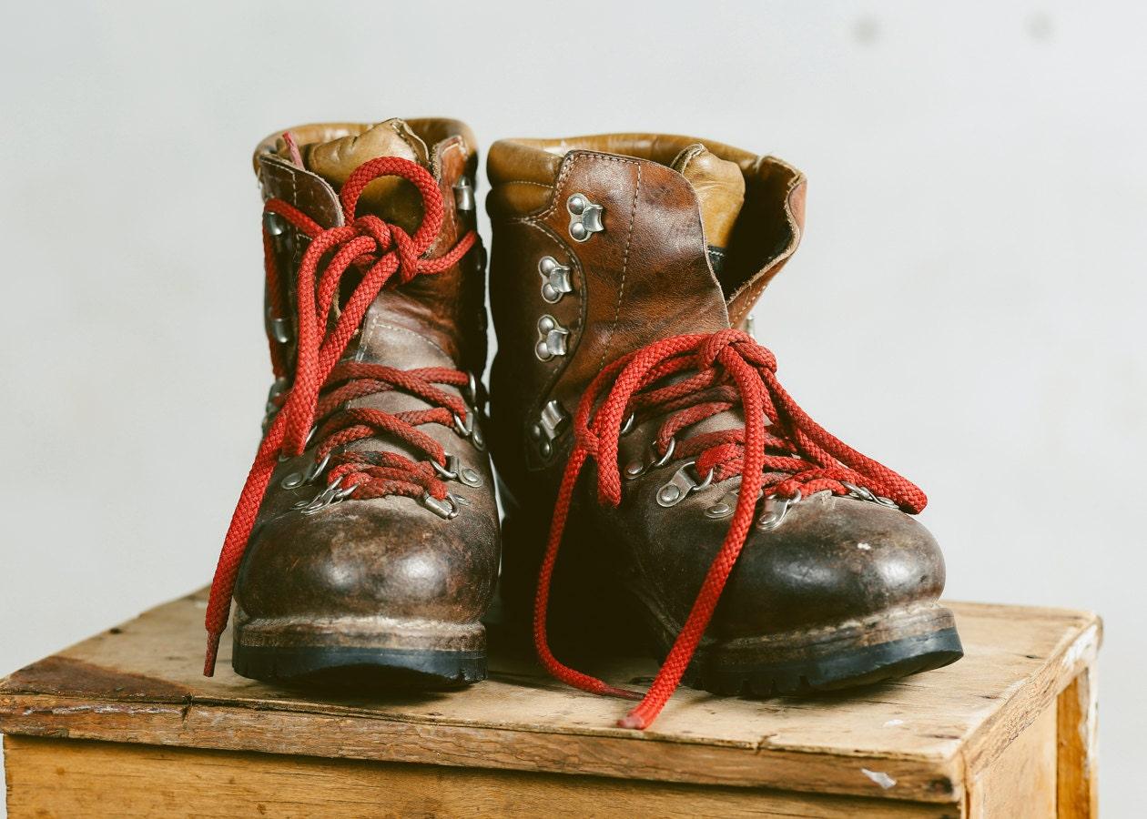 vintage survivor boots brown leather 70s booties unisex