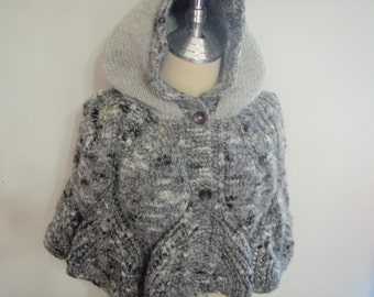 Knitting capelet with Hood in multi black and white color style