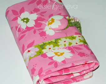 Pink & Green Floral Spill Proof Crochet Hook Case Organizer Amour Soft Grip Polymer Clay Handles Sewn in Zipper Pocket
