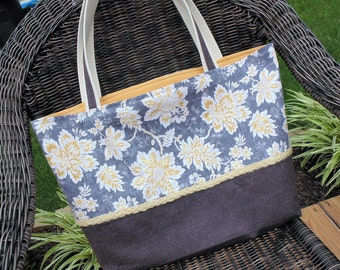 Large Tote Bag, Everyday Purse, Electronic Carry Case
