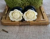 Flower Plugs Gauges Medium Size Wide Cream Roses