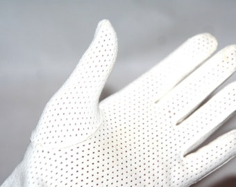 Pretty Perforated Vintage White Gloves- Size L