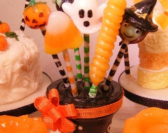 12th Scale Doll House Halloween Cake Pop Bouquet