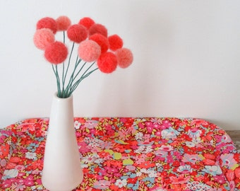 Coral Pom Pom Flowers.  Felt Ball Flowers.  Modern Arrangement.  Faux Craspedia, billy buttons.  Yarn Pompoms.  Peach Floral Small Bouquet.