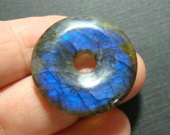 Labradorite, Gorgeous Firey Blue Gold Green Flashy Labradorite Smooth Donut PENDANT, 25mm - one focal - n15-5