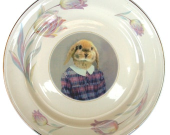 "Loppy Sue, portrait plate - Altered Vintage Plate 10"""