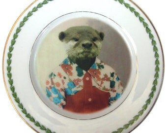 "Olivia the Otter, School Portrait Plate - Altered Retro Plate 6.25"""