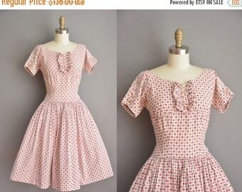 25% off SHOP SALE... vintage 1950s dress / Turdy Hall cotton full skirt dress / 50s floral dress