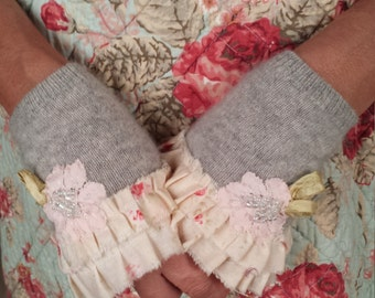 Fingerless Gloves Soft Merino Wool in Grey with Ruffles and Beaded Lace Flower