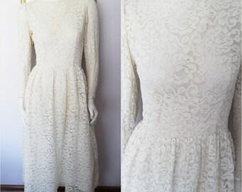 Vtg.70/80s Lanz Cream Lace Long Sleeve Maxi Dress.Small.Bust 36.Waist 26.