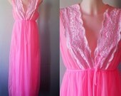 Vintage Pink Chiffon Nightgown, Pink Chiffon Nightgown, 1970s Nightgown, Romantic, Chiffon Nightgown, Nightgown, Vintage Lingerie