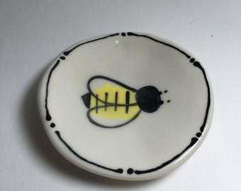 Set of Four Porcelain Olive Dishes with Bees - Tea Bag Rest Set - Bee Bowls - Wasabi Bowls - Olive Dishes - Ceramic Olive Plates