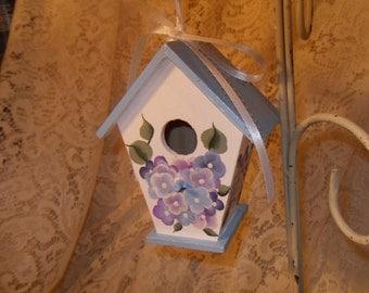 Hand Painted Hydrageas Wooden Birdhouse Hangable New