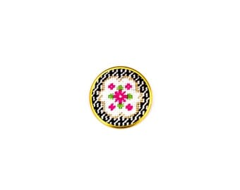 DIY Needlepoint Jewelry Kits: Victorian Floral Round Pin