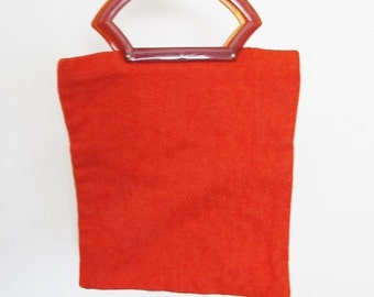 40% OFF SALE Vintage Red Beach Bag / 1960-70's Lipstick Red Large Tote Style Purse Plastic Handle