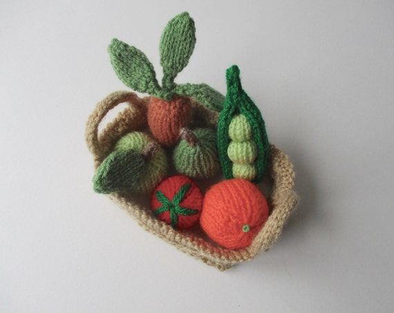 Fruit and Vegetables toy knitting patterns from fluffandfuzz on Etsy Studio