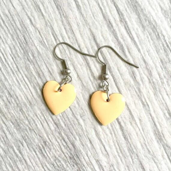 enable heart beige on stainless steal hook, les perles rares, handmade