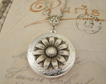 Silver Daisy Locket Christmas Hanukkah Wife Sister Bride Bridesmaid Wedding Birthday Mother Daughter Anniversary Photo Pictures - Colette