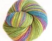 Creative Chaos - organic merino wool  - single thread shawl yarn 102gr 470m