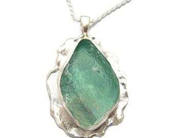 Astonishing 925 Sterling Silver Roman Glass Designed  Pendant necklace