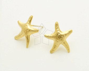 SI-771-MG / 2 Pcs - Sea Star Earrings, Starfish Stud Earrings, Matte Gold Plated, with .925 Sterling Silver Post / 13.5mm x 15mm