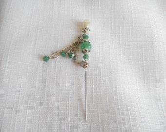 Vintage Emerald Green Faux Pearl Stick pin Hat pin