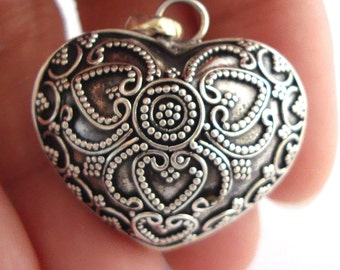 30mm large 925 Sterling Silver handcrafted Bali Harmony Jingle Bell Heart Pendant Charm Mexican Bola hm80
