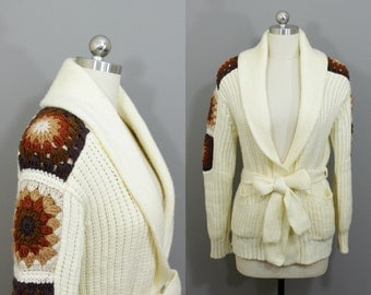 Vintage off white granny square shoulder wrap cardigan