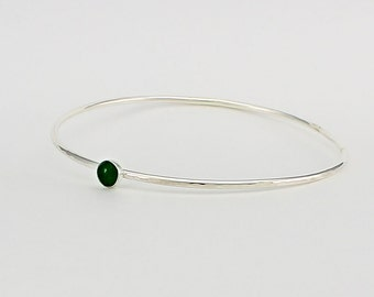 Handcrafted Sterling Silver Serpentine Bangle Bracelet Green Natural Stone 2.75 Diameter Contemporary Artisan Jewelry Design  9429565931716