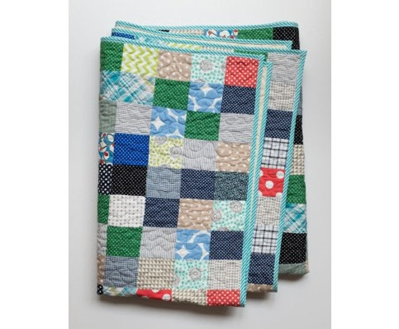 Single Bed Quilt. Boys Room.