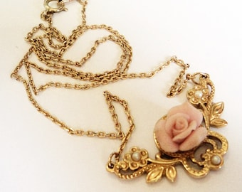 Pink Rose Pearl Necklace... Signed Avon