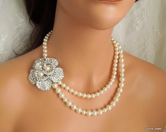 Pearl Bridal Necklace, Ivory Pearl and Rhinestone Necklace, Statement Bridal Necklace, Brooch Rhinestone Necklace, Wedding Jewelry, MAURA