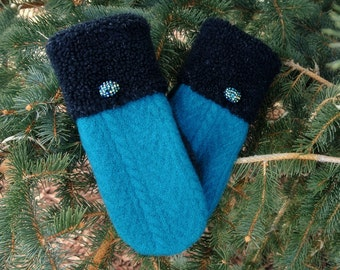100% Wool Turquoise & Black Fleece Cuffed Women's Recycled Sweater Mittens