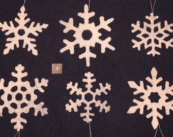 Handmade 'Snowy' Glass Snowflakes (set of 6)