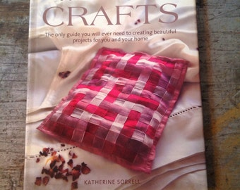 Contemporary Crafts by Katherine Sorrell Book