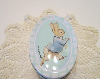 Peter Rabbit Vintage Mini Oval Tin - by Beatrix Potter and Frederick Warne Co. 1995 - MINT Condition - Collectible Easter Tin - Candy Tin