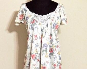SALE vintage floral nightgown - 1960s Vanity Fair white/floral lacy lingerie gown