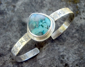 Turquoise cuff bracelet | Sterling silver metalwork | boho turquoise bracelet | Silver turquoise bracelet |