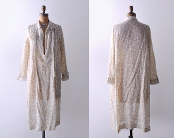 1920's print day dress. 20's cotton dress. voile. sheer. collared. 1920 ivory dress. cream. M. L.