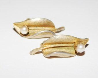 Vintage Francois Leaf Clip on Earrings