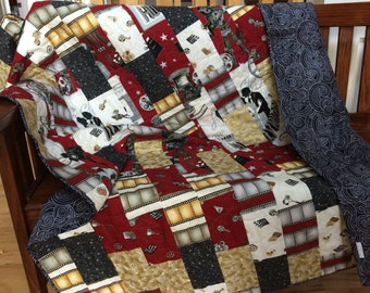 "Throw Quilt, Lap Quilt, Modern Quilt, Theater, Hollywood, 54"" x 68"", Handmade, Red, Gold, Black, 100% Cotton"