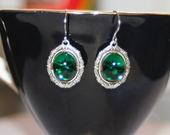 Vintage victorian scrolled mini pendant Emerald Swarovski dangle drop earrings