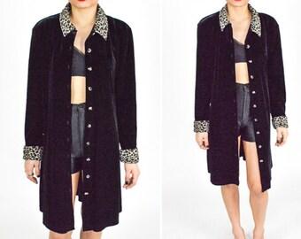 1990's BLACK VELVET DUSTER Coat. Leopard Collar and Cuffs. Long Sleeves. 90's Grunge Goth Punk. Velvet Long Coat. Mod Minimalist